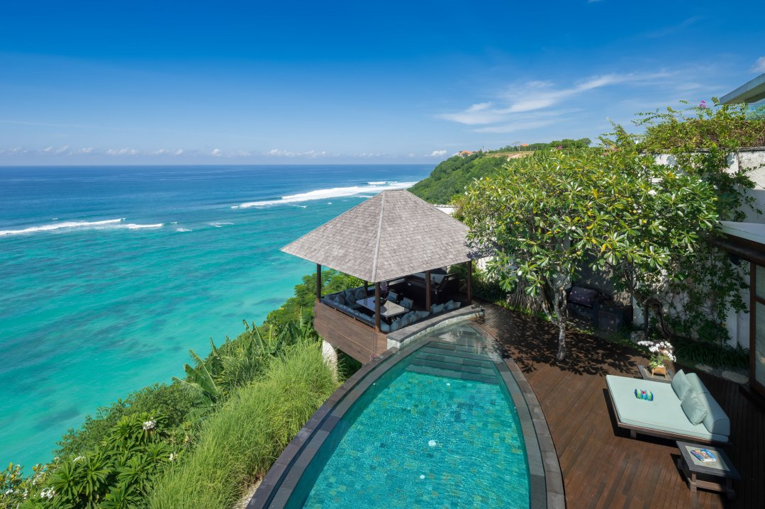 Villa Bidadari Cliffside Estate Bale près de la piscine